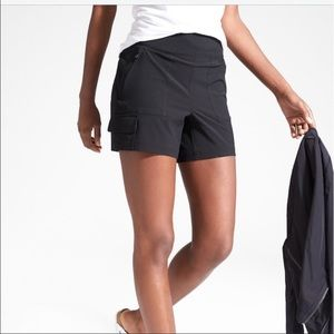 Athleta black Chelsea cargo short size 12